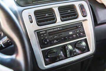 Mitsubishi Pajero Pinin 1,8 GDI АКПП Чёрный (13)
